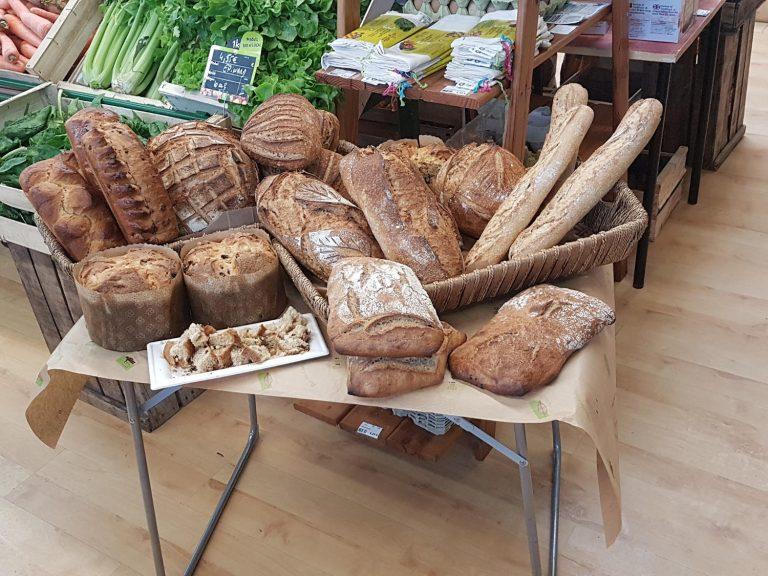 Boulangerie pain bio local au magasin Éléments Terre Pavie Auch Gers 32