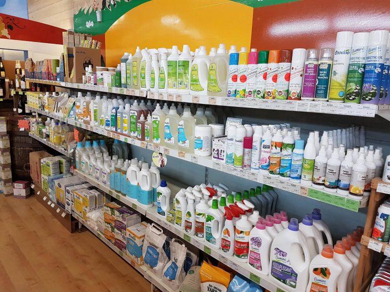 Produits ménagers bio au magasin Éléments Terre Pavie Auch Gers 32