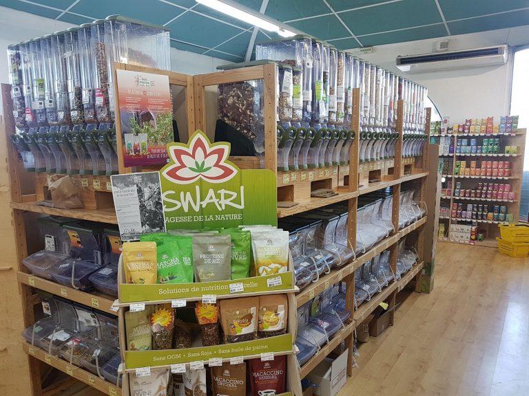 Vrac épicerie bio au magasin Éléments Terre Pavie Auch Gers 32
