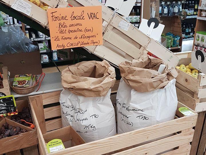Farine locale bio en vrac au magasin Éléments Terre Pavie Auch Gers 32